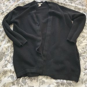 H&M black cardigan with pockets
